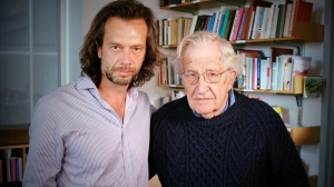 bs08_denis-with-noam-chomsky